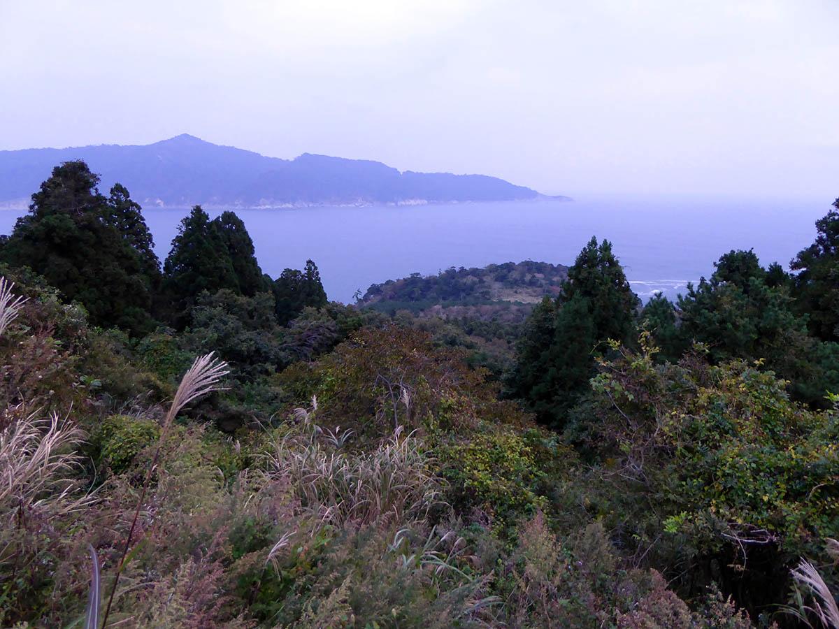 s牡鹿半島突端から金華山