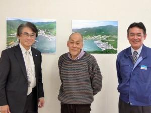 中央が、女川桜守りの藤中郁生先生。右は産業振興課の中嶋憲治さん
